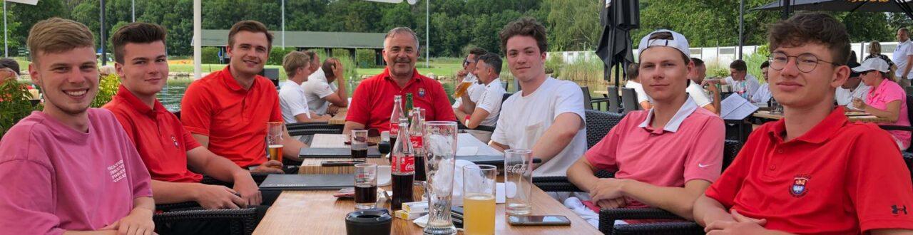 Herren_Oberliga_Bachgrund_Mannschaft